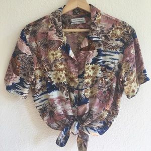 UO Button Down Print Shirt Size Small